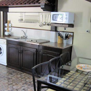 casa 6)cocina comedor casa rural tres dormitorios