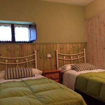 casa 7)dormitorio doble casa rural tres dormitorios