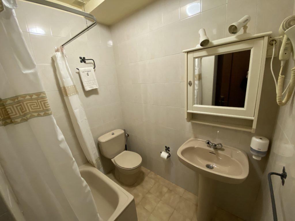 Salle-de-bain-d'étude-rurale-2
