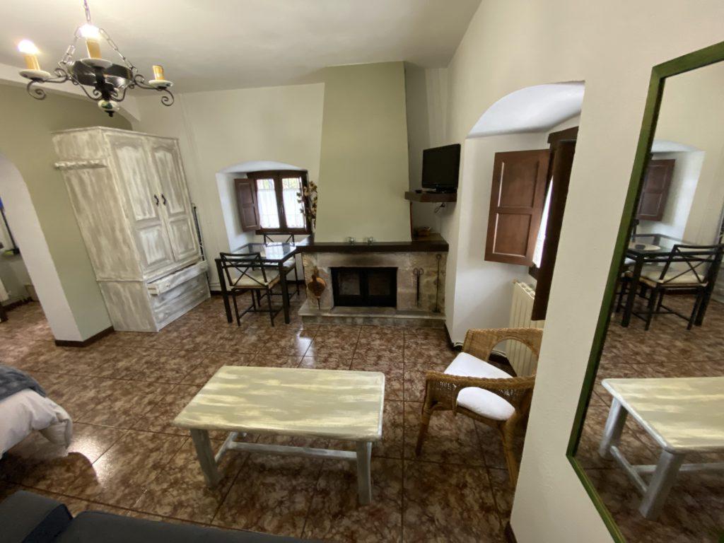 Dining room-fireplace-study-3
