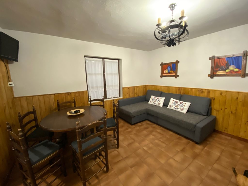 Esszimmer Hütte 7