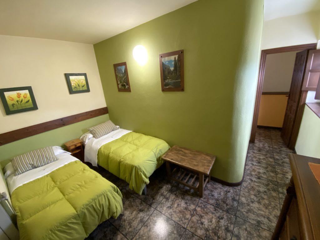 Zimmer 2-Bett-Nest-Cottage-4pax