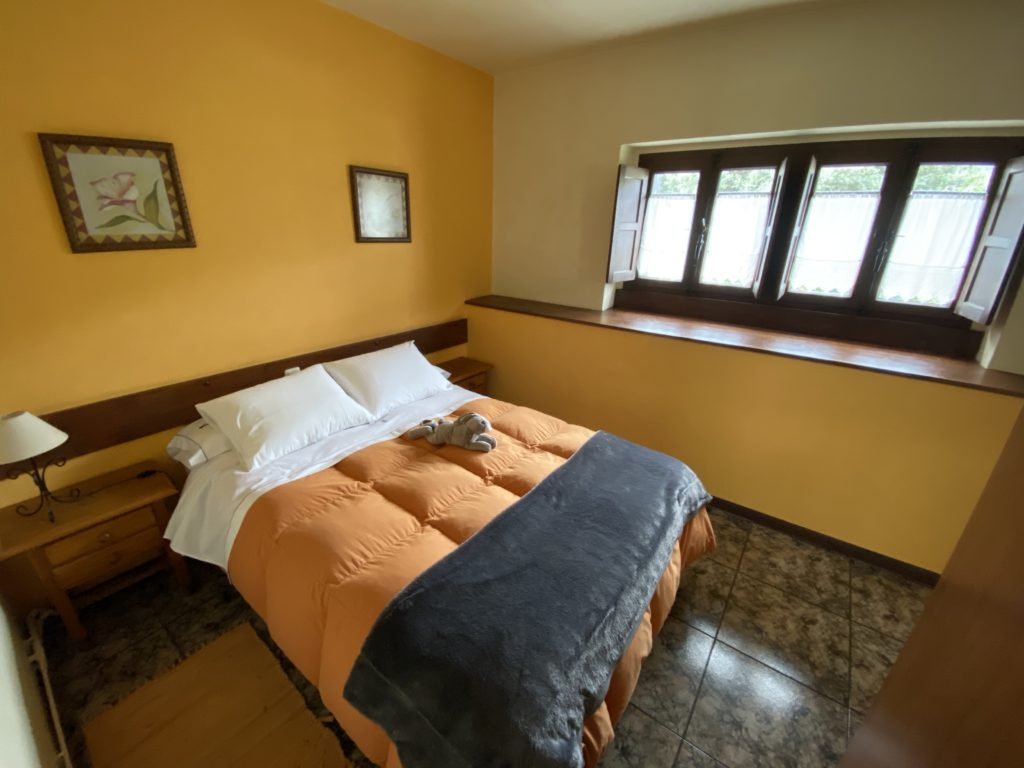 Schlafzimmer-main-Cottage-4pax
