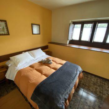 dormitorio-principal-casa-rural-4pax
